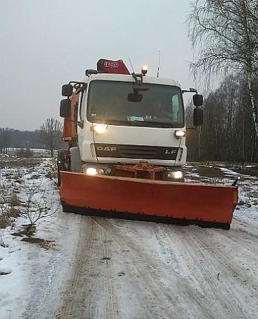 Akcja zima na drogach gruntowych w Zgierzu (foto1)