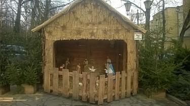 Szopka Bożonarodzeniowa na Placu Jana Pawła II (foto2)